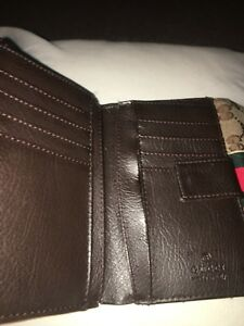 Gucci purse. (Original price $800) current price $100
