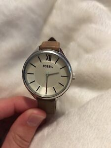 FOSSIL leather watch