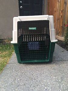 Dog Crate / Kennel - M