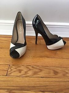 Shows size 38 (7.5)