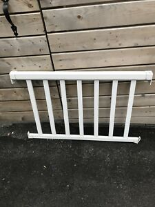 2 Metal railings
