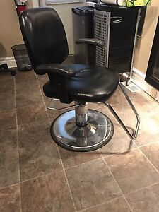 Hairstyling Chair Peterborough Peterborough Area image 1