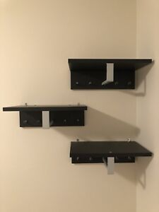 Perfect condition: Display shelf (shoes and/or hats etc)