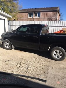 2012 Dodge Ram 1500 4x4 Moving Must Sell!!