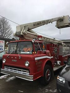 1978 Ford 900 55ft. Boom Truck