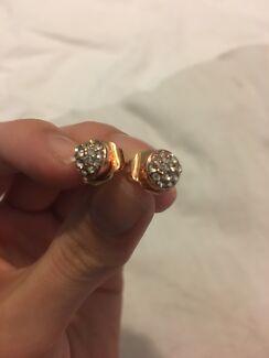 Mimco stud earrings