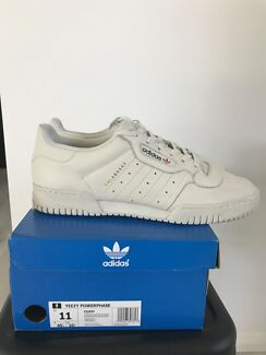 Adidas yeezy powerphase US11