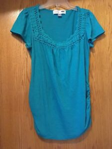 Pretty teal maternity top $5