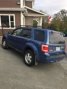 2010 Ford Escape XLT With Low Kms!!