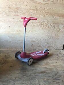 Step 2 wagon and radio flyer scooter