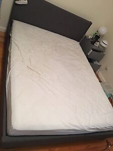 Queen size bed frame Bulleen Manningham Area Preview