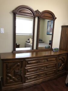 Italian solid wood dresser with 2 mirrors