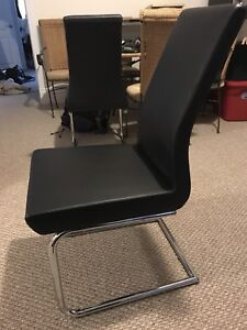 6 Leather Dinning room table chairs (black)