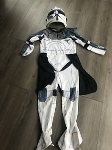 Size 7-8t Storm trooper costume