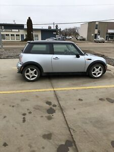 2002 Mini Cooper 2 door hatchback for sale