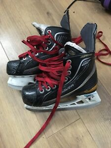 Bauer Supreme Youth Skates Size 1