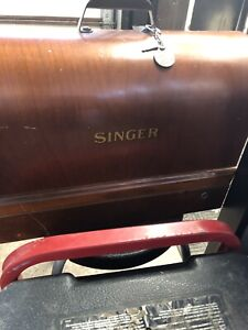 Singer sewing machine 99-13