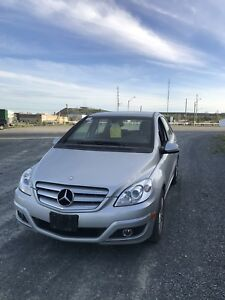 2011 Mercedes-Benz B-Class B200 Sedan Certified & Warranty