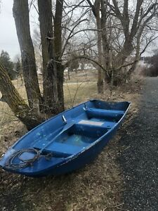 "14"" blue fibreglass boat + 15hp"