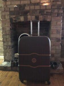DELSEY Luxury X-Large Suitcase