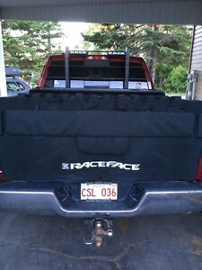 Race face bike tailgate pad