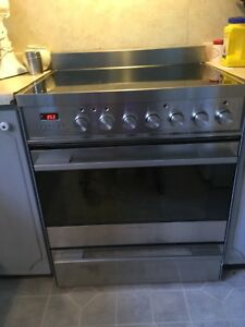 """Fisher Paykel 30"""" Electric Convection Range"""