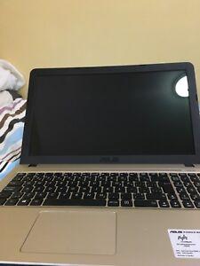 Asus 15.6in HD Windows 10 laptop