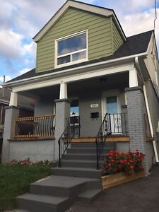 RENT PLUS HYDRO! HOUSE FOR RENT / RENTAL