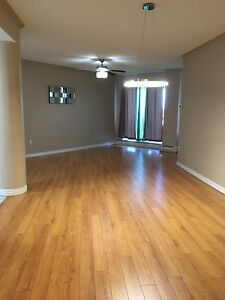 Move in now - 2BD/BR with Den - Luxurious Suite