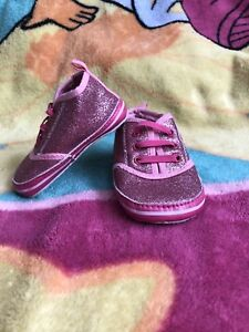 Size 3 pink glitter shoes