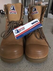 Brand new men's steel cap boots - size 9 Pacific Pines Gold Coast City Preview