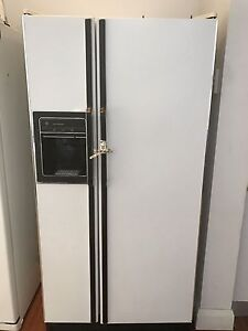 General Electric 660L FRIDGE FREEZER ICE-MAKER Redfern Inner Sydney Preview