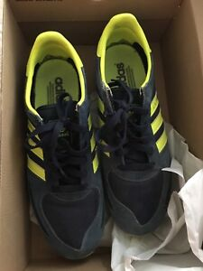 Adidas sneakers LA trainer OGs size 9 used