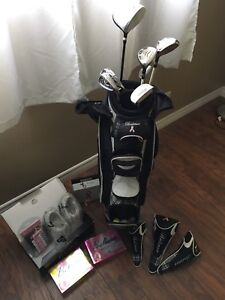 Ladies right hand golf clubs and shoes