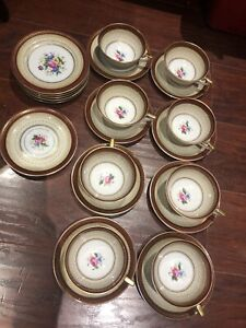 Vintage 1960s Royal BayReuth Bavaria Germany 8tea cups saucers