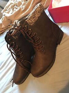 Women's size 11 JustFab Boots