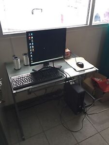 Dell Optiplex + Monitor + Mouse + Keyboard
