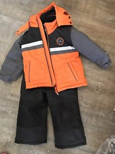 oshkosh winter snowsuit 3T