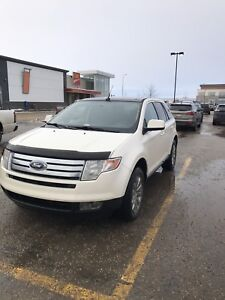 Ford Edge limited all wheel drive LOW KM