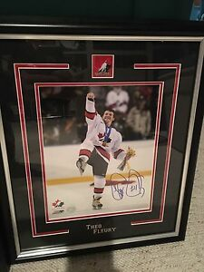 Theo Fleury signed framed 8x10