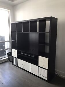 Wall unit for TV and entertainment