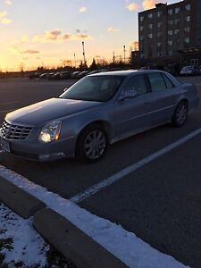 REDUCED Cadillac DTS V8 Luxury lll package