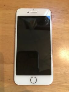 iPhone 7 Excellent condition *UPDATED*