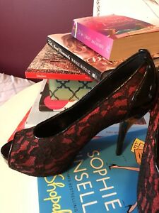 Guess black and red lace pumps heels