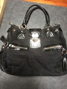 2 purses. 1 Guess    1 Lancôme