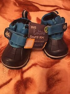 New blue baby boy shoes