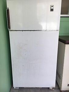 Vintage Westinghouse 12 Automatic Fridge/freezer North Richmond Hawkesbury Area Preview
