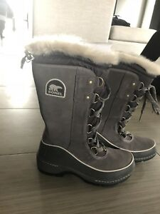 Sorel winter boots - BRAND NEW