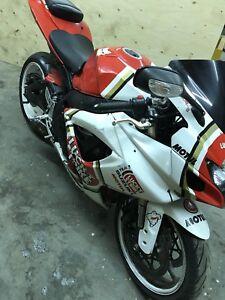 2006 gsxr 750