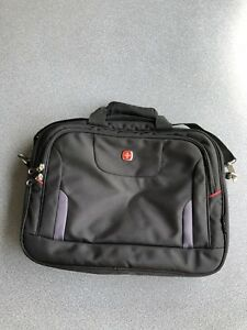 Swiss Gear Laptop Messenger Bag